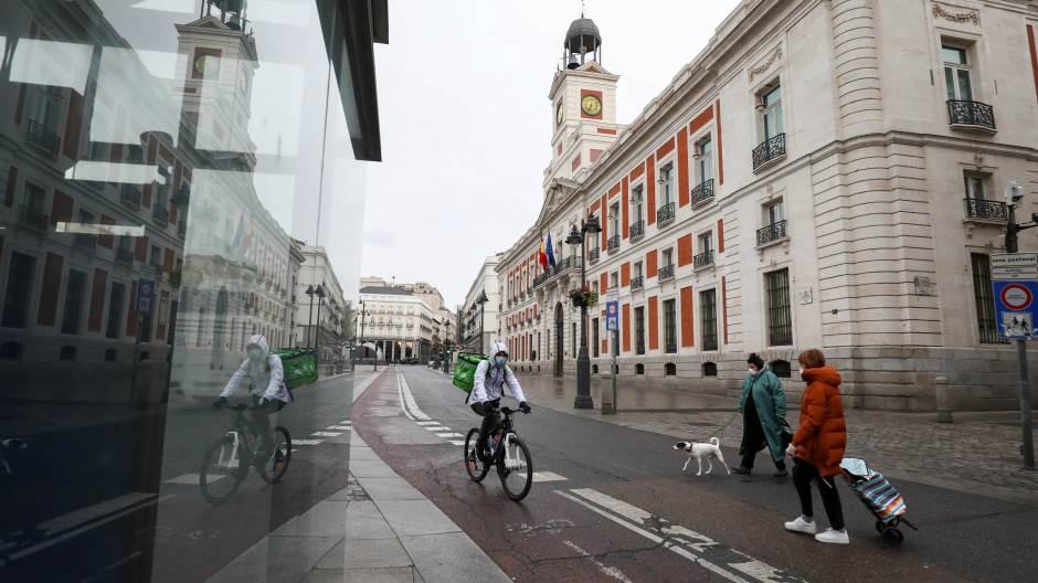 Шпанија разгледува враќање на вонредната состојба и полицискиот час