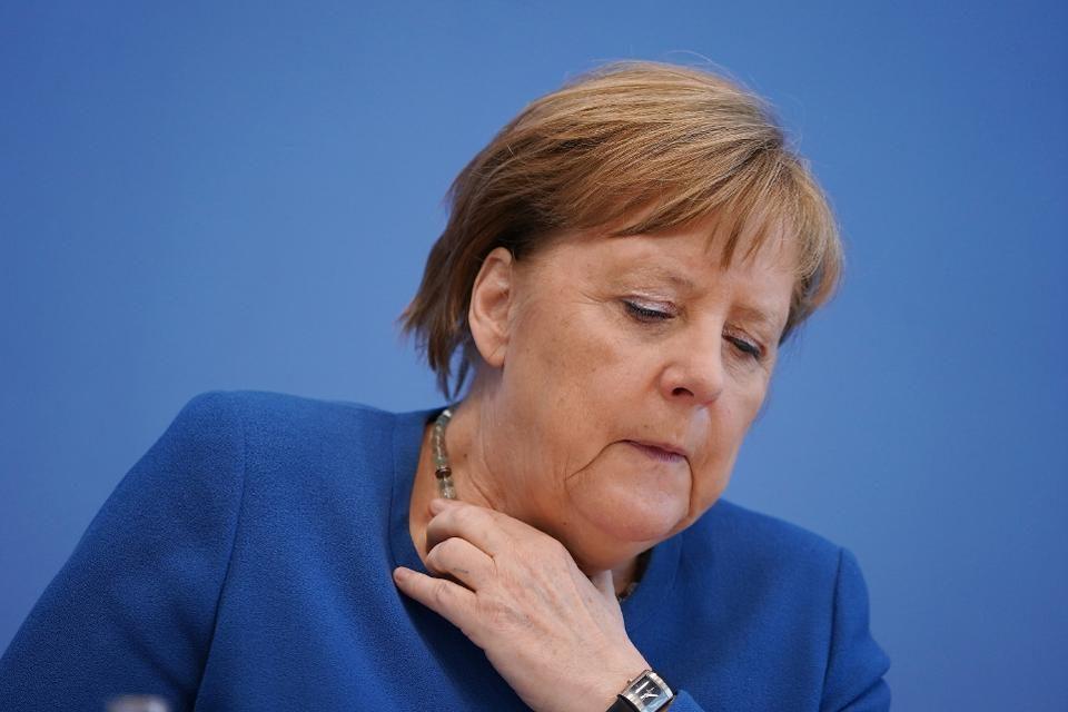 Ангела Меркел е во карантин, била во контакт со доктор заразен со коронавирус