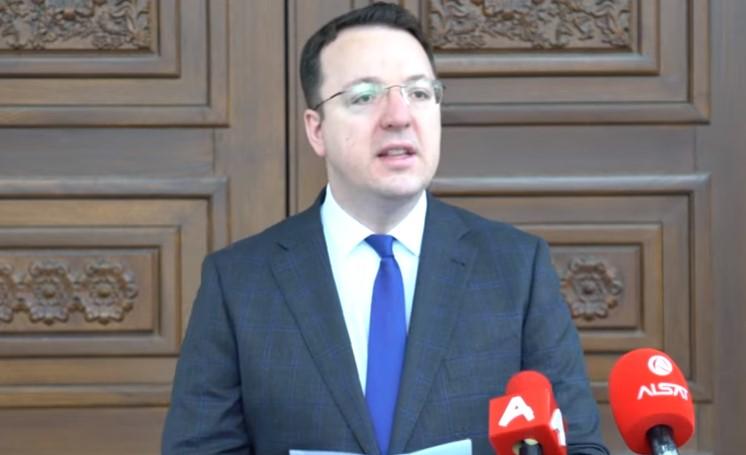 Следете во живо: Александар Николоски со прес-конференција во 11 часот