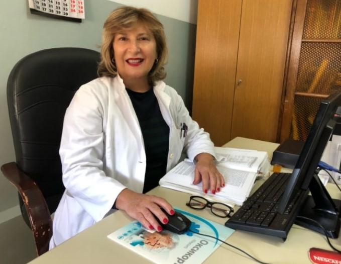 Докторката која криеше дека е заразена со коронавирус се врати на работа