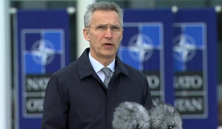 Столтенберг ги уверува Авганистанците дека НАТО, иако се повлекува од земјата, ќе продолжи да ги поддржува