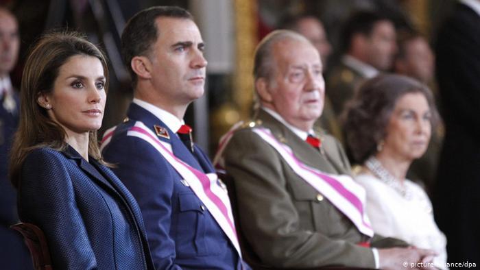 Шпанскиот крал Фелипе се откажа од наследството на татко му Хуан Карлос