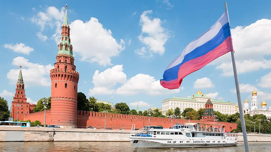 Русија прогласи неработна недела со цел да не се шири коронавирусот