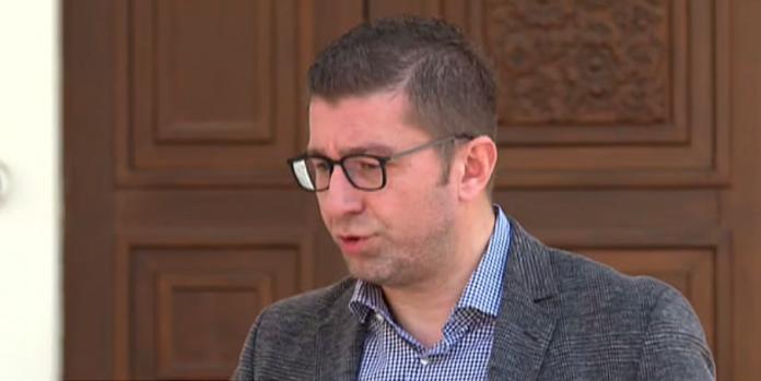 Мицкоски демантира дека прекинал интервју: Предизвикувачки е да се разговара со Чомовски