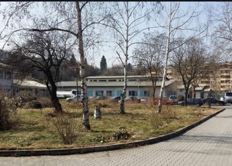 Ќерката на починат тетовец од коронавирус бара истрага за несовено лекување
