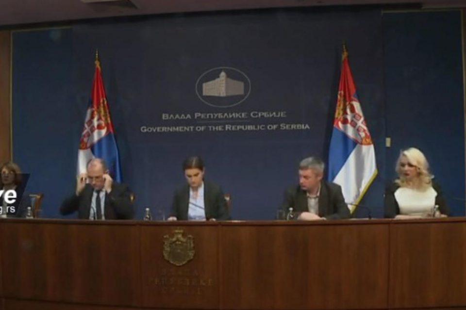 Денеска ни е најтежок ден, изгубивме човечки живот: Брнабиќ објави за прва жртва од коронавирусот