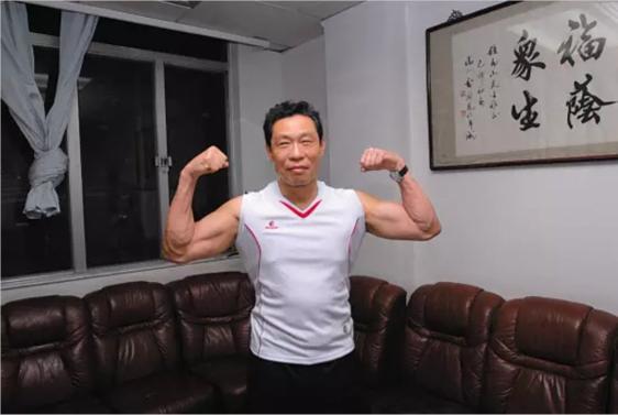 84-годишниот доктор кој го спаси Вухан