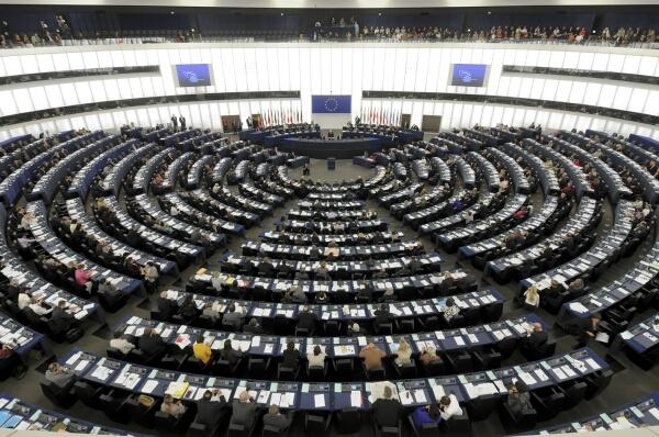 Поради Ковид-19: Европскиот парламент нема да заседава во Стразбур до есен