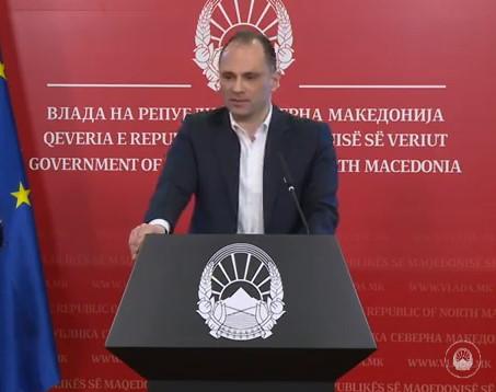 Филипче: Од денеска започна да се дава одобрената терапија за коронавирус, граѓаните никако да не ја земаат на своја рака