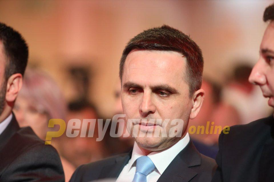 И партнерот на Заев, Касами се откажа од избори во јуни
