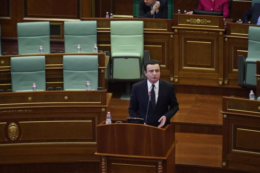 Корона вирусот ја однесе и првата политичка жртва: Падна косовската влада