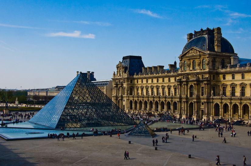 Лувр се отвора за посетители на 6 јули