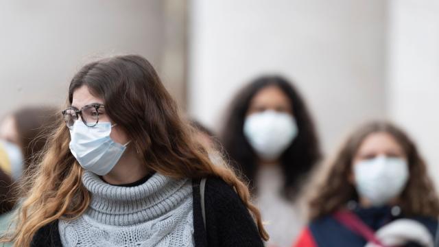 После еден ден Бугарија се предомисли и ја укина наредбата за носење заштитни маски