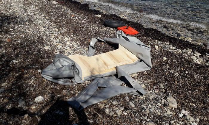 Загина дете во превртен чамец во близина на Лезбос