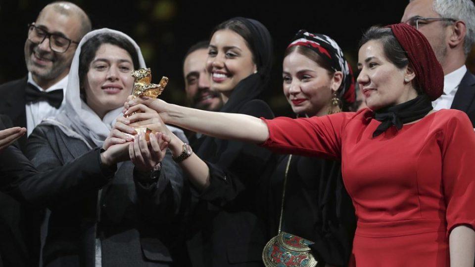 """Иранскиот филм """"Нема зло"""" ја освои """"Златната мечка"""" на Берлинале"""