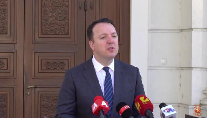 Смешни 5 милиони евра не ја решаваат состојбата, потребни се итни економски мерки за да се спаси Македонија од пропаст