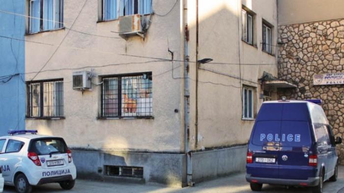 Глупав крадец од Струга: Го фатиле за време на полициски час, па утврдиле дека ограбил улилиште