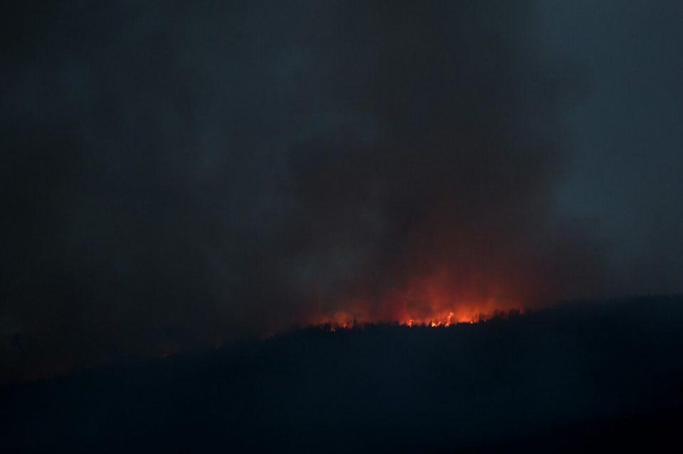 Пожар над Арачиново, гори депонијата