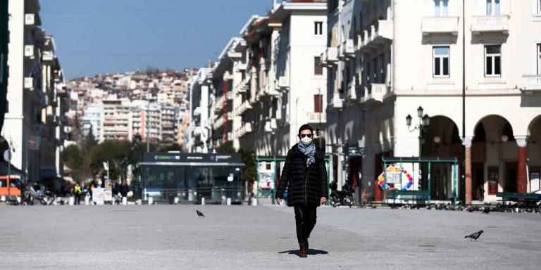 Од денеска мини-карантин во Солун и Лариса: Се затвораат кафулињата, рестораните, кината, театрите, судовите…
