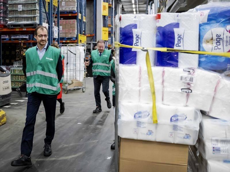 Германците повторно почнаа да складираат тоалетна хартија