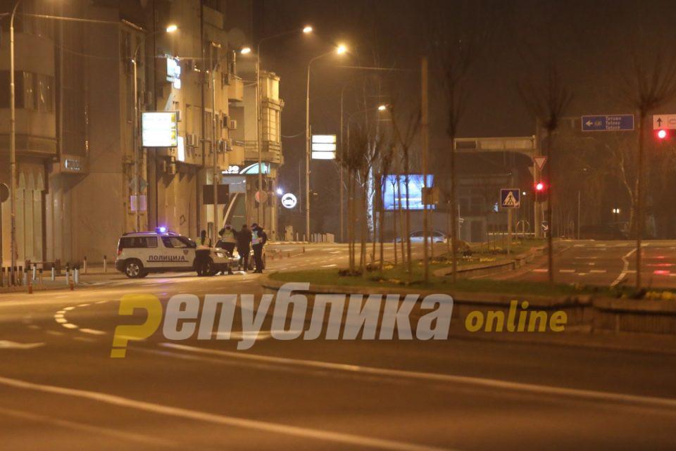 18-годишник од Кондово вперил пластичен пиштол во слепоочница на полицаец