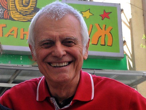 Бранко Коцкица денеска слави роденден и со видео порака ги повика сите да останат дома