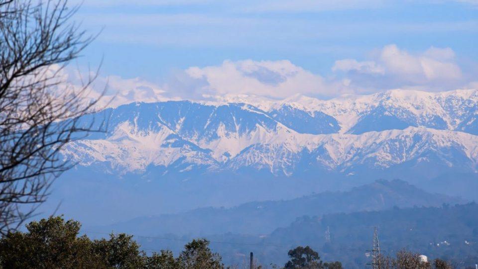 Првпат по 30 години Хималаите јасно се гледаат