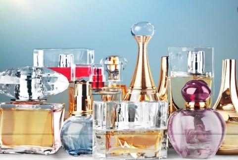 """Фалсификат парфеми сакал да """"шитка"""" заедно со оригиналите"""