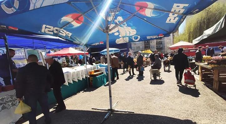 Гостиварскиот пазар ќе се отвори во вторник, бесплатно ќе се делат маски