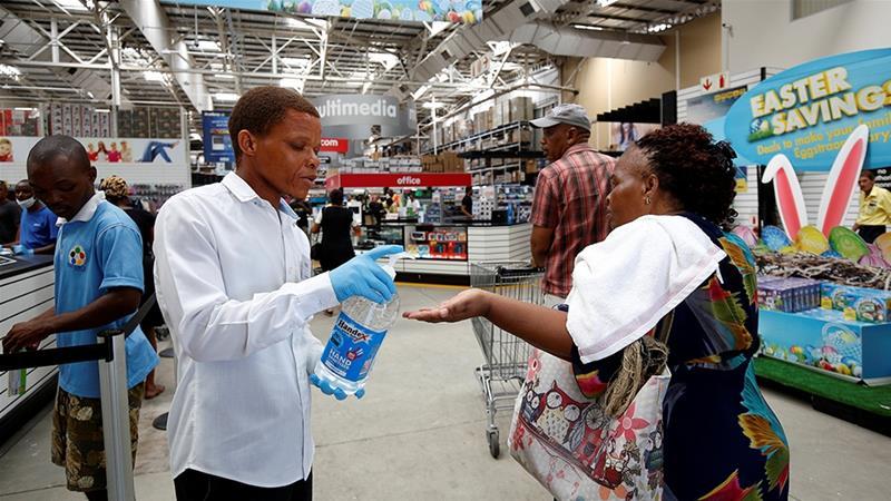 САД се штити од ебола: Ќе воведе специјални мерки за патниците од африканските земји