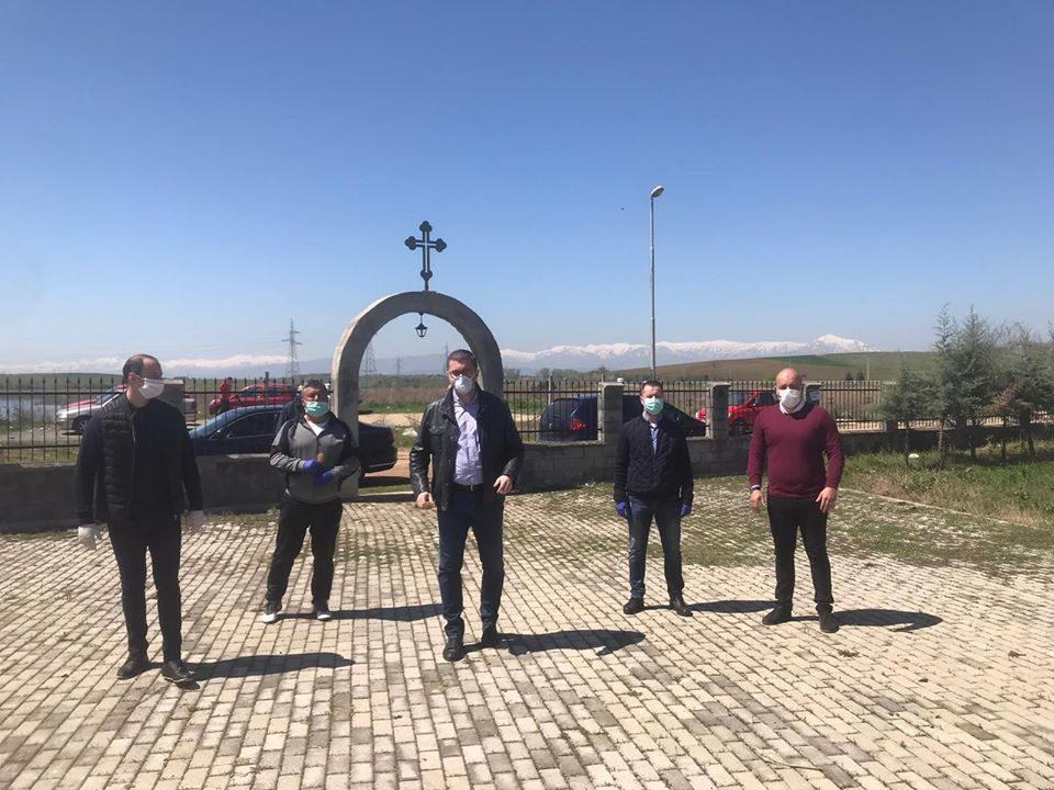 Мисајловски со Мицкоски во посета на црквата кај Смилковско Езеро, испрати молитви и порака за добро здравје
