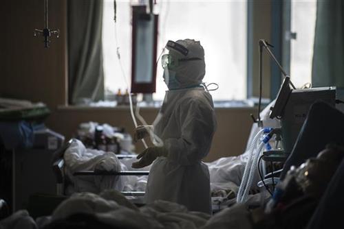 Погледнете што прават лекарите за да се заштитат од Ковид 19