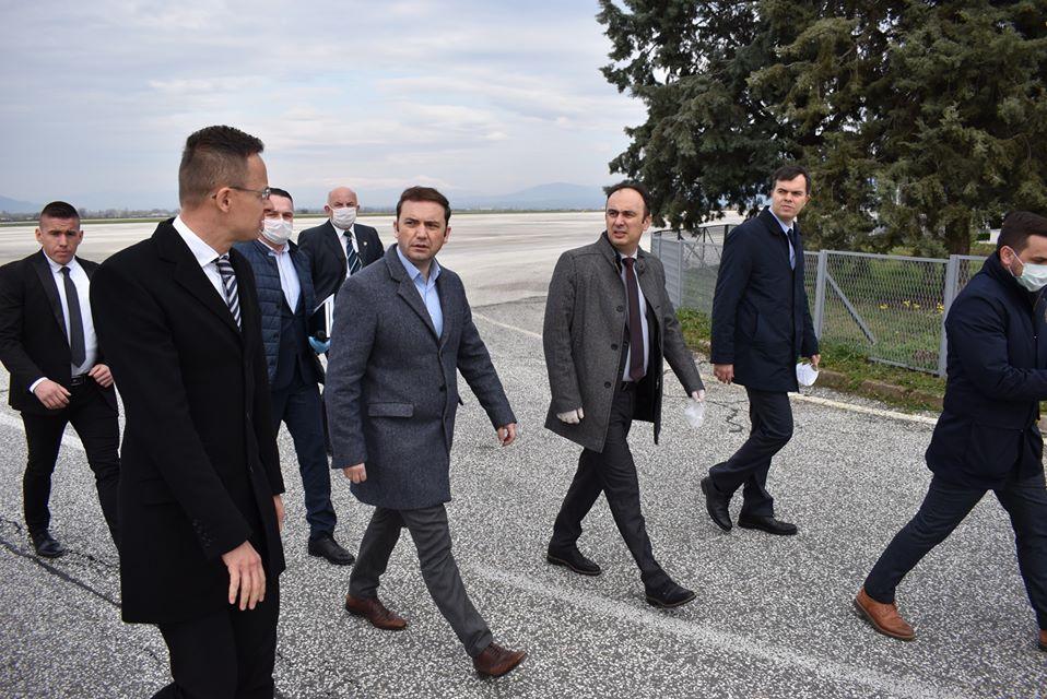 Чулев му посака добредојде на Сијарто, следува и билатерална средба