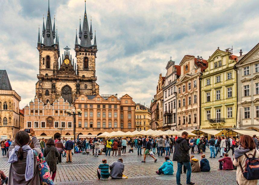 Чешка ги отвори границите, но не и за Македонија
