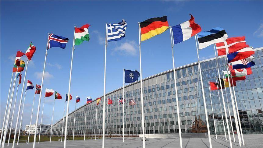Велика Британија ги повикува сојузниците на НАТО да ја бранат слободата на говор