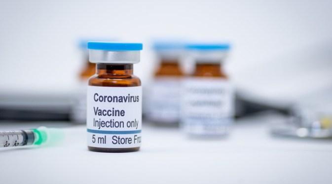 Гунзбург: Русија до крајот на летото ќе ја регистрира вакцината против коронавирусот