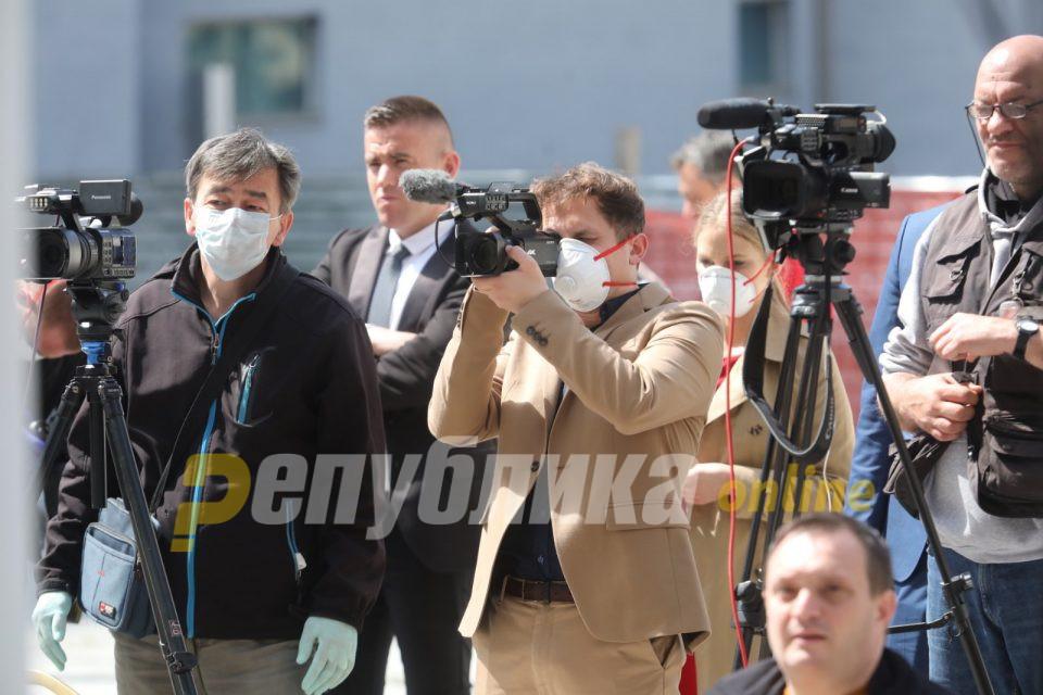 Поради известувањето за време на короната: ДУИ побара новинарите да бидат ослободени 50 проценти од придонесите