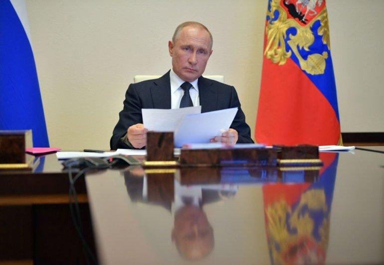 Путин: Русија е подготвена да обезбеди вакцина за други земји