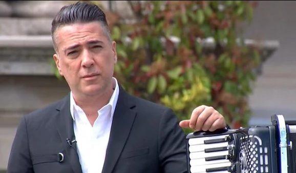 Стотина македонски фамилии ќе земеа некој денар, реагираат музичарите за изборот на Јоксимовиќ