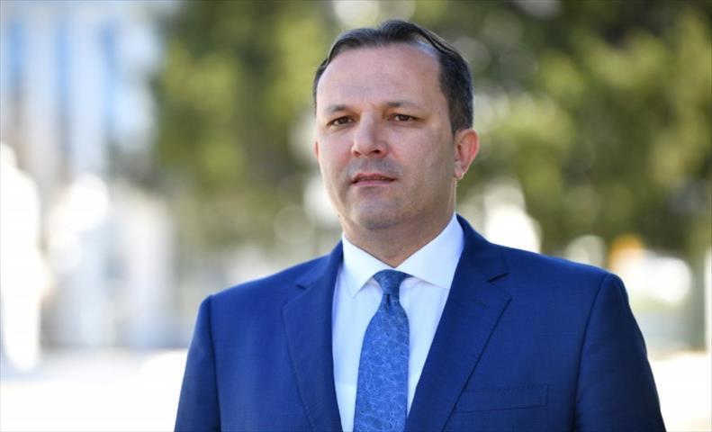 Спасовски повика Ромите да се обединат против оние кои играат мајтап со ромскиот јазик