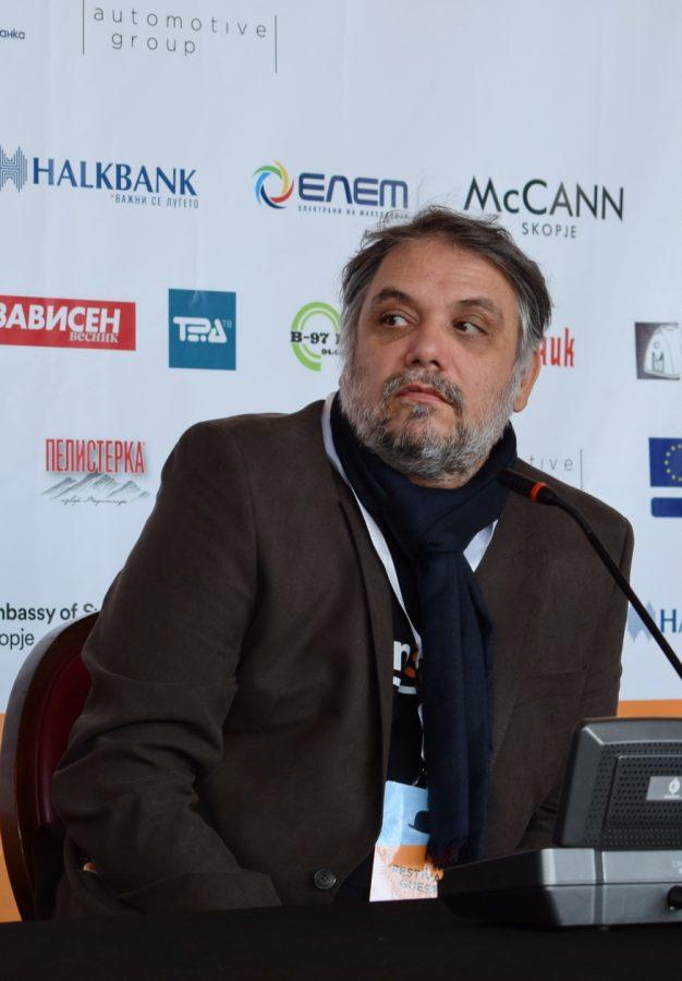 """Владимир Ангелов: Тешко ќе ја вратиме публиката во кино, размислуваме и за """"drive in"""" кино"""