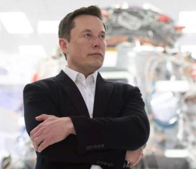 ВО ЖИВО: Компанијата на милјардерот Маск лансира ракета