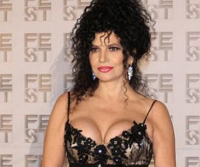 Лидија Вукичевиќ на 57 години како од мајка родена