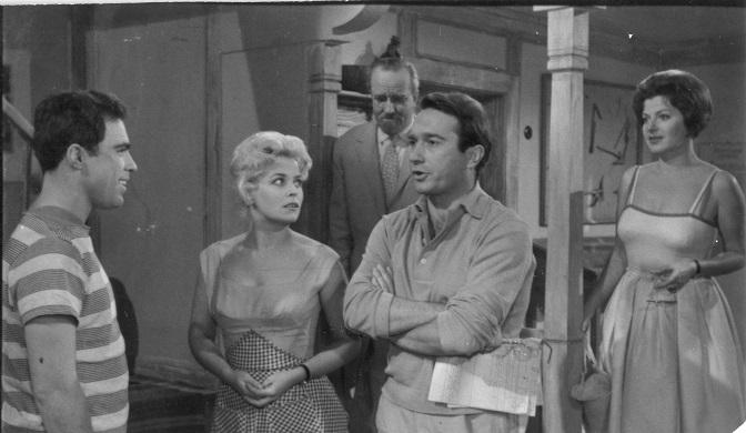 """На денешен ден во 1961 година премиерно бил прикажан филмот """"Мирно лето"""""""