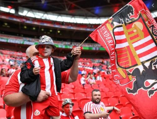 Ако не почне сезоната помалите клубови во Англија ќе банкротираат