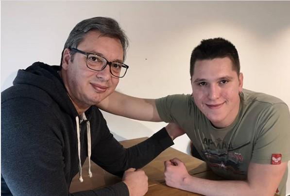 Данило, синот на српскиот претседател Вучиќ се опорави од Ковид-19
