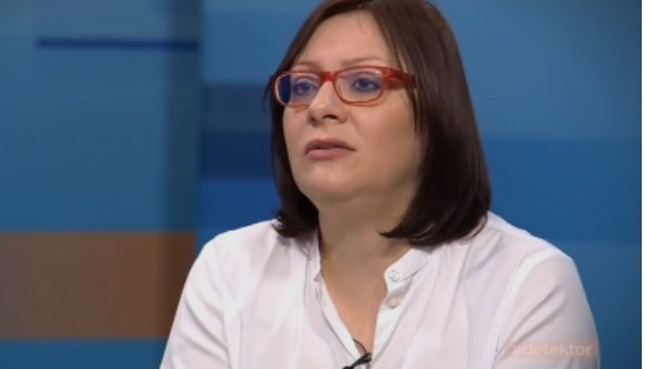 Димитриеска-Кочоска: Граѓаните и фирмите немаат доверба во државата, повеќе бруто инвестиции имало за време на воениот конфликт, отколку денес