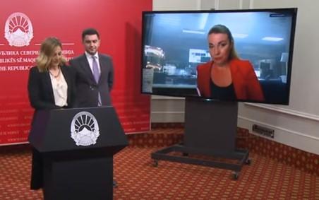 """СДСМ влегуваат во кавга со новинари кои поставувале """"незгодни"""" прашања"""