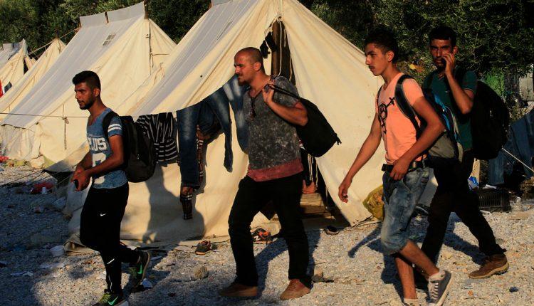Мигрантите се помалку доаѓаат во Грција