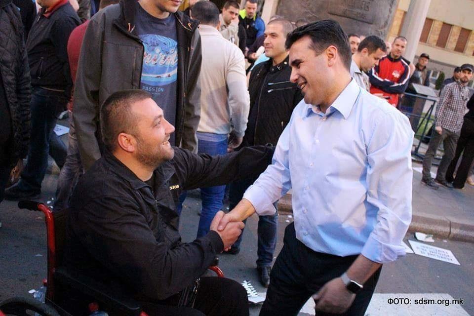 """На Заев му порачувам помалку да лаже, вели поранешниот активист во """"шарената револуциja"""""""